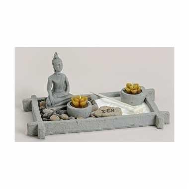 Thaise boeddha zen tuintje met theelichtjes